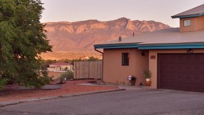 Bernalillo Single Family Home For Sale: 945 Nazcon Road
