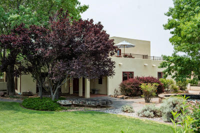 Single Family Home For Sale: 11804 Modesto Avenue NE