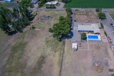 Valencia County Single Family Home For Sale: 26 Otero Road