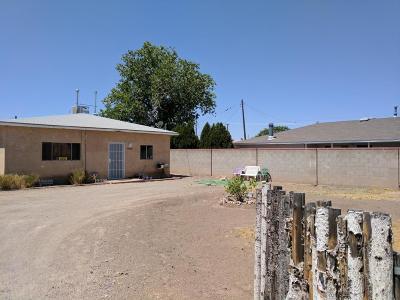 Bernalillo Single Family Home For Sale: 149 Calle Del Banco