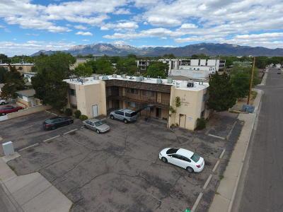 Albuquerque Multi Family Home For Sale: 300 La Veta Drive NE