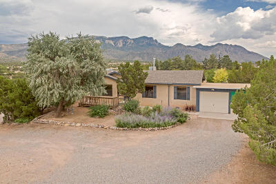 Placitas Single Family Home For Sale: 105 N Forest Lane