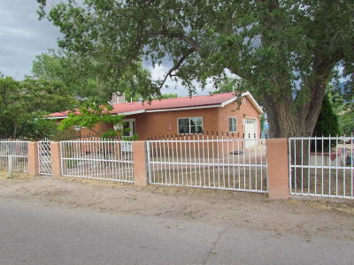 Bernalillo Single Family Home For Sale: 306 Charing Cross Loop
