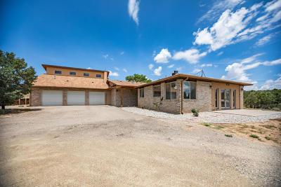 Tijeras, Cedar Crest, Sandia Park, Edgewood, Moriarty, Stanley Single Family Home For Sale: 3 Palomino Court