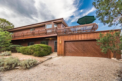 Tijeras, Cedar Crest, Sandia Park, Edgewood, Moriarty, Stanley Single Family Home For Sale: 26 Meadowview Road