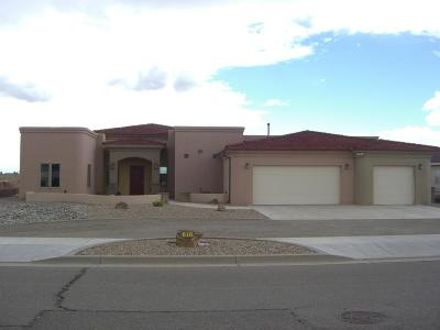 Valencia County Single Family Home For Sale: 810 Desi Loop