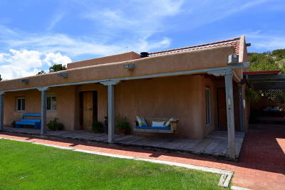 Placitas Single Family Home For Sale: 18 Tres Hermanos Road