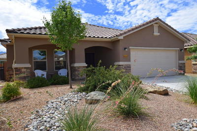 Bernalillo Single Family Home For Sale: 960 Prairie Zinnia Drive