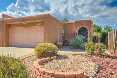 Albuquerque Attached For Sale: 7111 Cisco Road NW