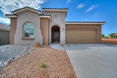 Rio Rancho Single Family Home For Sale: 7162 Wrangell Loop NE