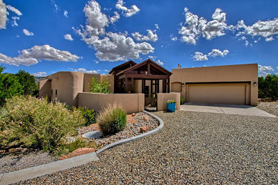 Tijeras, Cedar Crest, Sandia Park, Edgewood, Moriarty, Stanley Single Family Home For Sale: 11 Mudhead Court