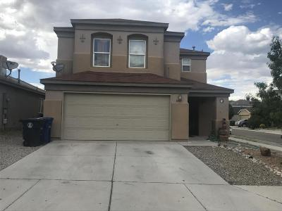Albuquerque Single Family Home For Sale: 8909 Round Rock Road SW