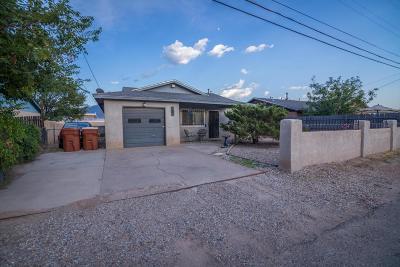 Bernalillo Single Family Home For Sale: 1286 La Casita Court