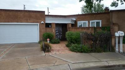 Albuquerque Attached For Sale: 3014 Colonnade Court NW