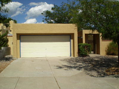 Albuquerque NM Single Family Home For Sale: $219,000