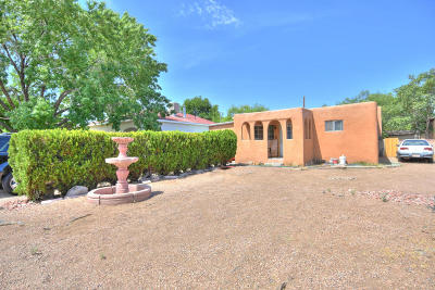 Albuquerque Single Family Home For Sale: 425 Utah Street SE
