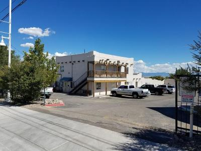 Albuquerque Multi Family Home For Sale: 5800 Central Avenue SW #APT 14