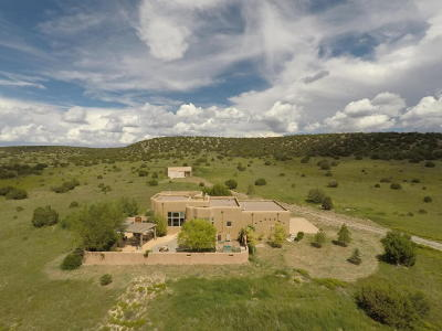 Tijeras, Cedar Crest, Sandia Park, Edgewood, Moriarty, Stanley Single Family Home For Sale: 23 Via Entrada