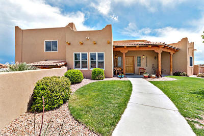 Rio Rancho Single Family Home For Sale: 6810 Japura Court NE