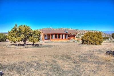Placitas Single Family Home For Sale: 20 Davis Loop