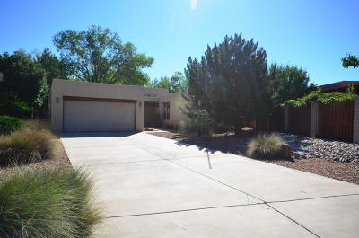 Los Ranchos NM Single Family Home For Sale: $290,000