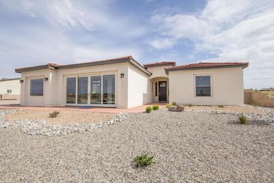 Rio Rancho Single Family Home For Sale: 7216 Aldan Drive NE