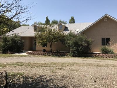 Valencia County Single Family Home For Sale: 5 Chad Road