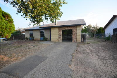 Rio Rancho NM Single Family Home For Sale: $99,000