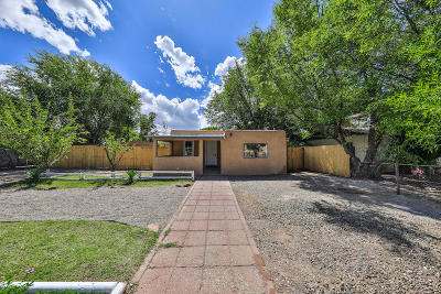 Albuquerque Single Family Home For Sale: 4718 Glendale Road NW