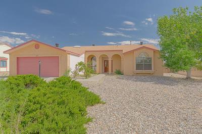 Rio Rancho Single Family Home For Sale: 6277 Beaver Court NE