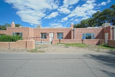 Albuquerque Multi Family Home For Sale: 305 Lagunitas Road SW #1