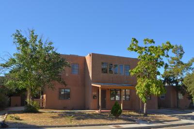 Albuquerque Single Family Home For Sale: 3310 Mackland Avenue NE