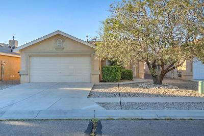 Albuquerque Single Family Home For Sale: 7816 Crepe Myrtle SW