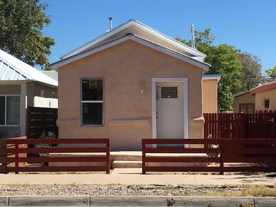 Albuquerque Single Family Home For Sale: 812 12th Street NW