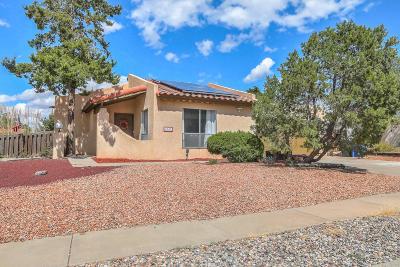 Albuquerque Single Family Home For Sale: 6341 Avenida La Costa NE