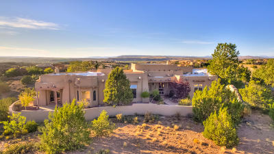 Placitas Single Family Home For Sale: 15 First Mesa Court