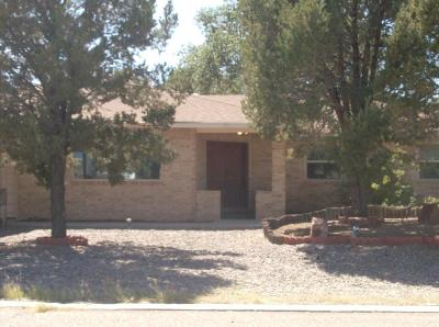 Valencia County Single Family Home For Sale: 901 Carmel Drive