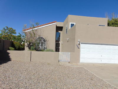 Albuquerque NM Single Family Home For Sale: $239,500