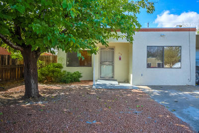 Albuquerque Single Family Home For Sale: 316 Shannon Place NW