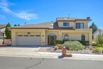 Single Family Home For Sale: 11406 Paseo Del Oso NE