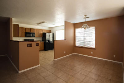 Rio Rancho Single Family Home For Sale: 2805 52nd Street NE