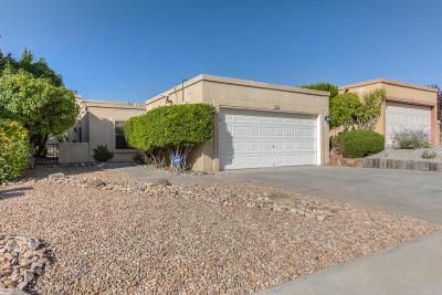 Single Family Home For Sale: 4933 Edwards Drive NE