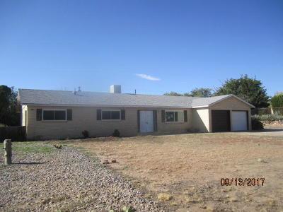 Rio Rancho Single Family Home For Sale: 3702 Ann Circle SE