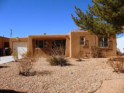 Albuquerque Single Family Home For Sale: 1817 Georgia Street NE