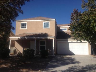 Albuquerque Single Family Home For Sale: 10721 Pueblo Place NW