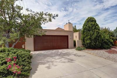 Albuquerque Single Family Home For Sale: 8812 Natalie Avenue NE