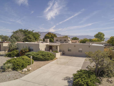 Rio Rancho Single Family Home For Sale: 612 Oreja De Oro Drive SE