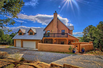 Tijeras, Cedar Crest, Sandia Park, Edgewood, Moriarty, Stanley Single Family Home For Sale: 8 Anasazi Drive