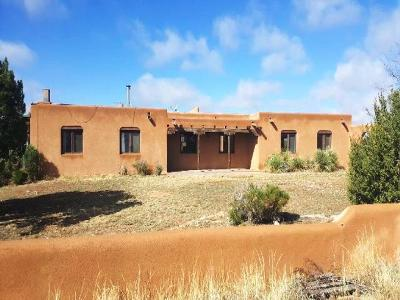 Santa Fe Single Family Home For Sale: 23 Pueblo Road
