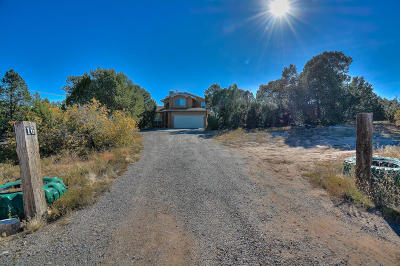Tijeras Single Family Home For Sale: 16 Quail Run Road